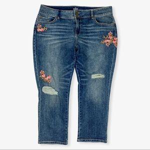 SOHO NY Company Curvy Cropped Boyfriend Jeans 14